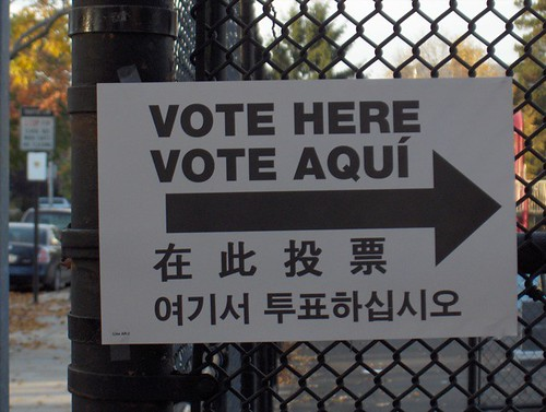 Vote Here Vote Aquí
