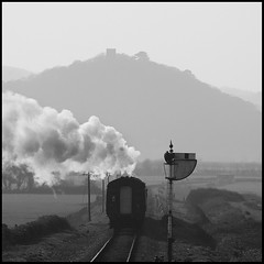 train (Joe Dunckley) Tags: uk england bw monochrome trains somerset steam railways dunster steamtrains westsomerset blueanchor westsomersetrailway 10faves heritagerailways