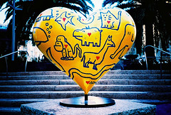 big love (lomokev) Tags: sanfrancisco california elephant art love animals yellow stairs cat monkey shark lomo lca xpro lomography crossprocessed xprocess cartoon lomolca hart agfa unionsquare jessops100asaslidefilm agfaprecisa lomograph agfaprecisa100 cruzando precisa jessopsslidefilm lovehart sanfrancisco2007 file:name=070320lomolca26 posted:to=tumblr