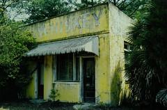 Whiskey (MilkaWay) Tags: texture motel whiskey liquorstore abandonedbuilding nassaucounty mypicks oyt northernflorida p1f1 coastalflorida riversidemotel