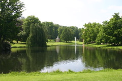 20070519-1502-17 (Geoff Coupe) Tags: lake netherlands landscape gelderland rozendaal