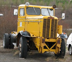 OshKosh Truck (Observe The Banana) Tags: old yellow truck iceland vehicle oshkosh
