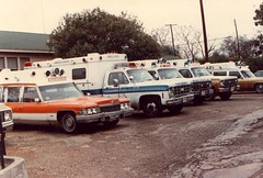 AD Ambulance Service, Waco, Texas (Dr. Mo) Tags: texas pcs waco ambulance medicine bls ems emt firstaid wacotexas emergencymedicine oldambulance staroflife ambulancedriver deathcare jimmoshinskie funeralcustoms professionalcarsociety scenesafety