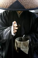 shuudoushi (Farl) Tags: travel colors hat japan temple kyoto quality buddhist monk bowl beggar tradition kiyomizu kiyomizudera alms theface mendicant fivestarsgallery shuudoushi