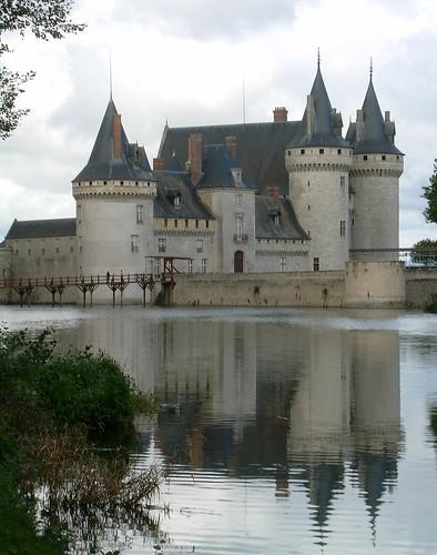Chateau a Sully sur Loire