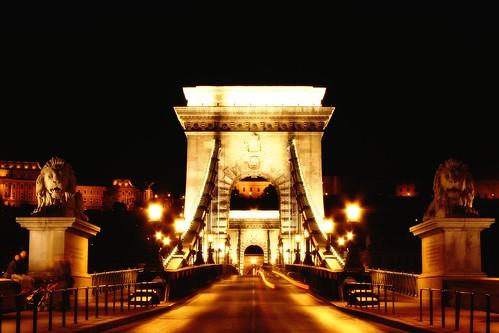 גשר השרשרות בבודפשט