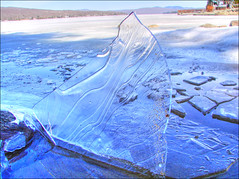 Breaking-the-ice-I - by Etolane