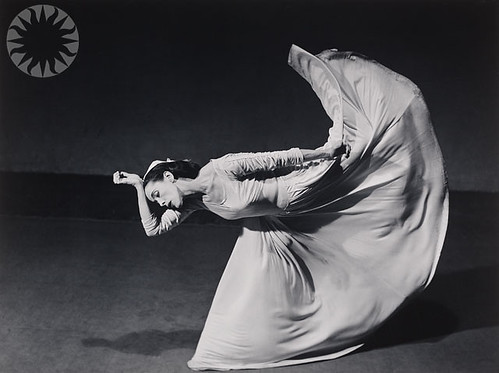 photo of Martha Graham, en dance