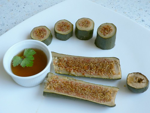Bulgur stuffed courgettes