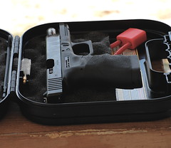 Glock 40 custom (GREATONE!) Tags: nikon florida miami vr gunrange 55200mm d40