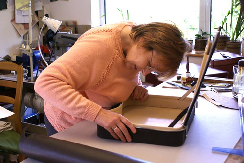 Marie Upshire 2 w Calder laptop