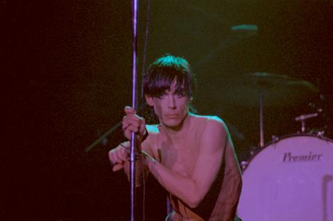 Iggy Pop 1977 2
