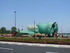 http://www.flickr.com/photos/laclef_yoshiyasu/484543980/