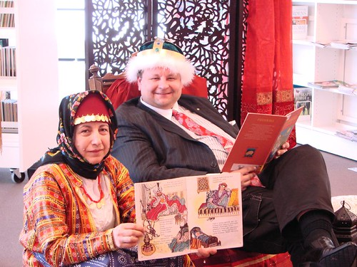 Fjell Bibliotek har eventyrtime på tyrkisk