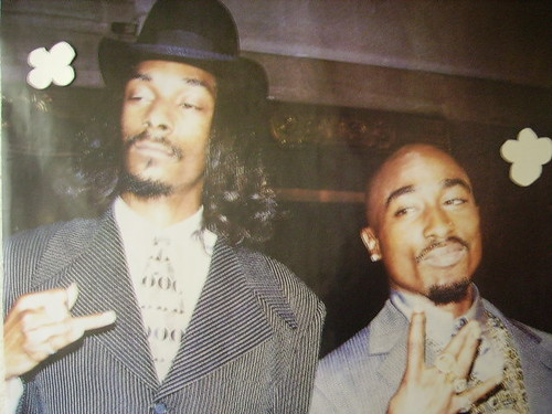 2pac & Snoop Doggy Dogg - 2 Of Amerikaz Most Wanted