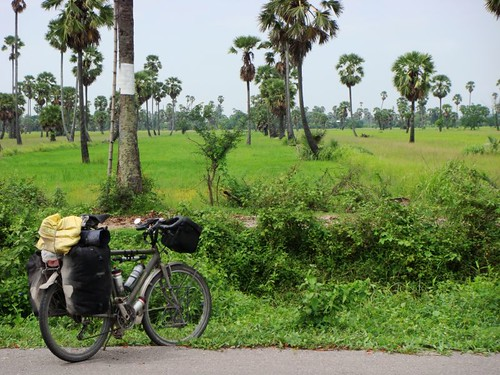 Tropical cycling near Prachapburi, SW of Bangkok