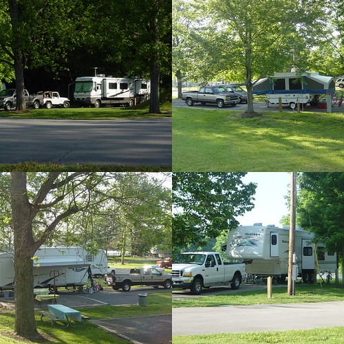 SUVs and RVs in a camping near Ashland City, TN