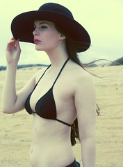 Ms. Nancy's day off (ljosberinn) Tags: beach hat bikini nancy halla chercherlafemme ilikecomments