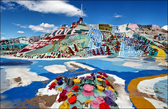 (shadowplay) Tags: love god obsession christianity klee salvationmountain slabcity toxicity niland 13mm coloryepdefinitelyabitofcolor alandscapeofpaintwonderhowthegroundwateristhere