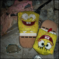 Don't Worry (ShiraleeS) Tags: two usa abandoned katrina neworleans hurricane spongebob after years flooded dontworry clothingshop