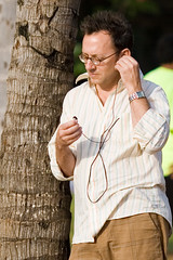 LOST Actor Michael Emerson / Ben Linus (Kanaka Menehune) Tags: celebrity lost hawaii tv ben waikiki oahu famous actor abc 4815162342 theothers lostcast michaelemerson henrygale benlinus