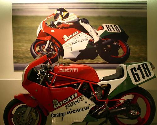 Marco Lucchinelli Ducati 750F1