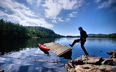 Kayaking at lake Storavatnet, Stord - by Henke.