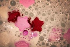 bubbles and stars (*maya*) Tags: pink water stars bath rosa bubbles foam acqua bagno stelle bolle schiuma bagnoschiuma