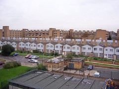Kings Crescent Estate (sarflondondunc) Tags: housing hackney councilestate brickedup derlict councilhousing kingscrescentestate