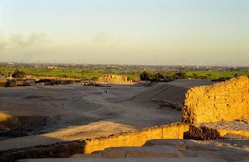 1999 30 Ramesseum por Hans Ollermann.