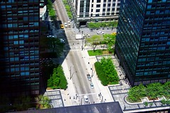 Chicago from above (PhotoDu.de / CreativeDomainPhotography.com) Tags: urban chicago streets cab taxi taxis cabs abovestreetlevel