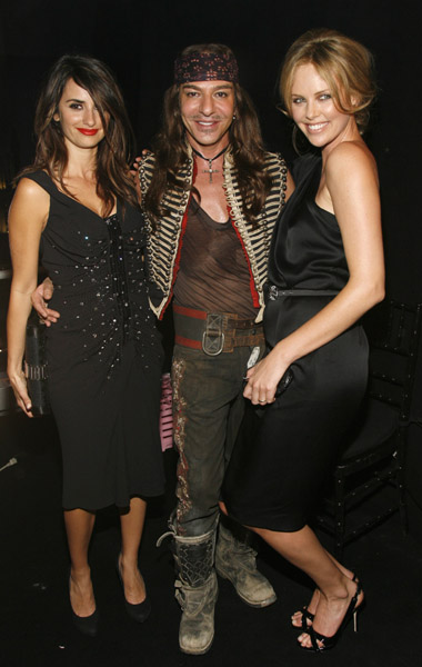 Penelope Cruz, John Galliano, Charlize Theron at Dior