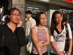 my sisters (Quasimime) Tags: japan tokyo susan akihabara akiba joanne trudy tokyojapan akihabaraelectrictown
