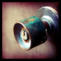 Heart (Herman Au - http://www.hermanau.com) Tags: door cold metal rust key heart lock hermanau