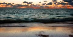Sunrise (JVP pHoTOs) Tags: ocean red sun rot water clouds sunrise wasser wolken sonne sonnenaufgang spiegelung wolkig mirroring karibik
