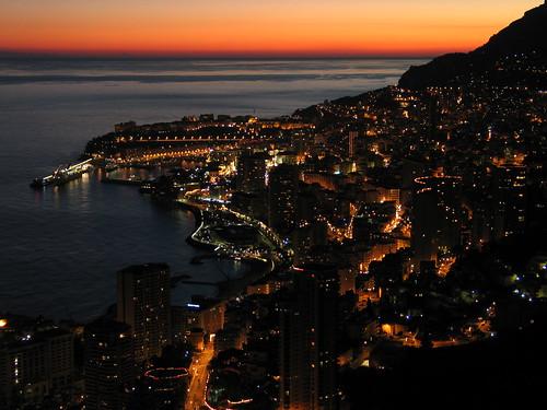 La magia di Montecarlo di notte