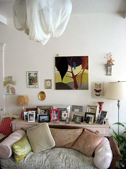Artsy Living Room: Artsy Walls: Creative Inspiration From Kerry