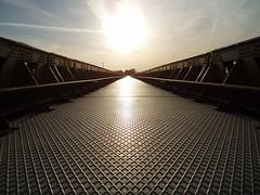 Bridge (B-mer) Tags: railroad bridge holland nature water netherlands metal licht tracks nederland natuur brug railroadbridge denbosch brabant spoor 2007 ijzer bmer spoorbrug moerputten