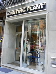 Roasting Plant, Orchard St (Project Latte - Cafe Culture) Tags: nyc newyorkcity plant ny newyork coffee les cafe manhattan lowereastside coffeeshop orchard storefront espresso coffeehouse roasting roaster coffeebar 10002 orchardst espressobar coffeeroaster roastingplant theroastingplant