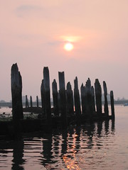 Sunset over Bosham Quay (khanrizzi) Tags: wood sunset sea sky sun bosham solent chichesterharbour sunseaclouds