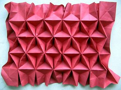 Back to back triangle tessellation independently discovered by Me (georigami) Tags: paper origami papel tessellation papiroflexia corrugation origamiforum corrugado stardream