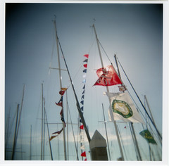 flags (lawatt) Tags: 120 film race boat holga fuji wind flags sail masts pennants j105 pro400h vallejo2007