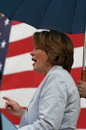Niki announcing her run for Congress