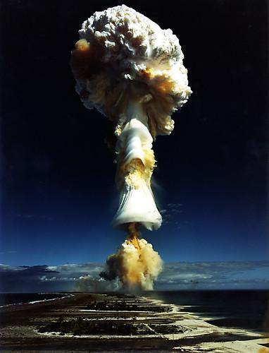 Licorne 3, projet d'expérimentation thermonucléaire en Polynésie Française.