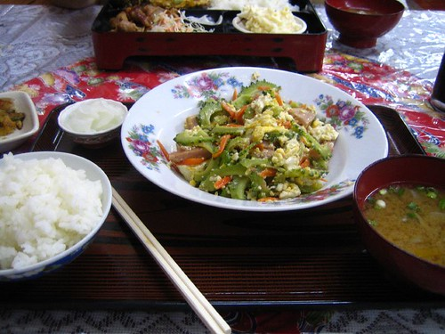 5.16午餐-吵山苦瓜定食