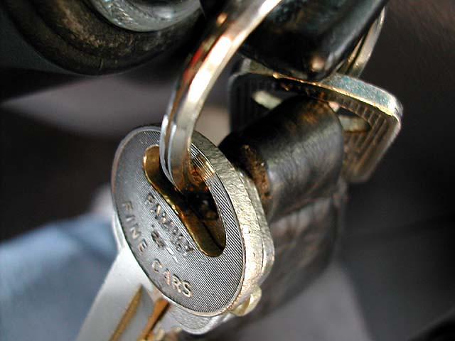 car keys keyring fresno ignition november172001 1996dodgeintrepid