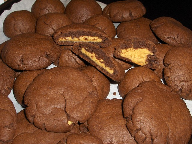 Peanut Butter Filled Chocolate Cookies (wrecipe) by A Worthy Image