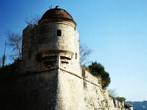 Paddock Café :: Villefranche の城跡