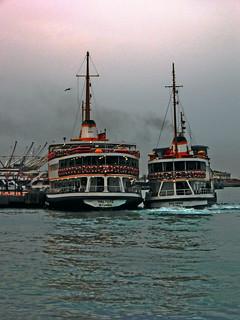 Istanbul Vapur-Flirting :)