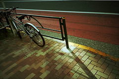 (sizima) Tags: bike lightshadow 池袋 konicacenturia100 konicabigmini